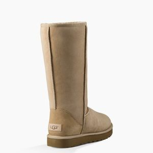 Size 8 Classic Tall UGGS in Sand